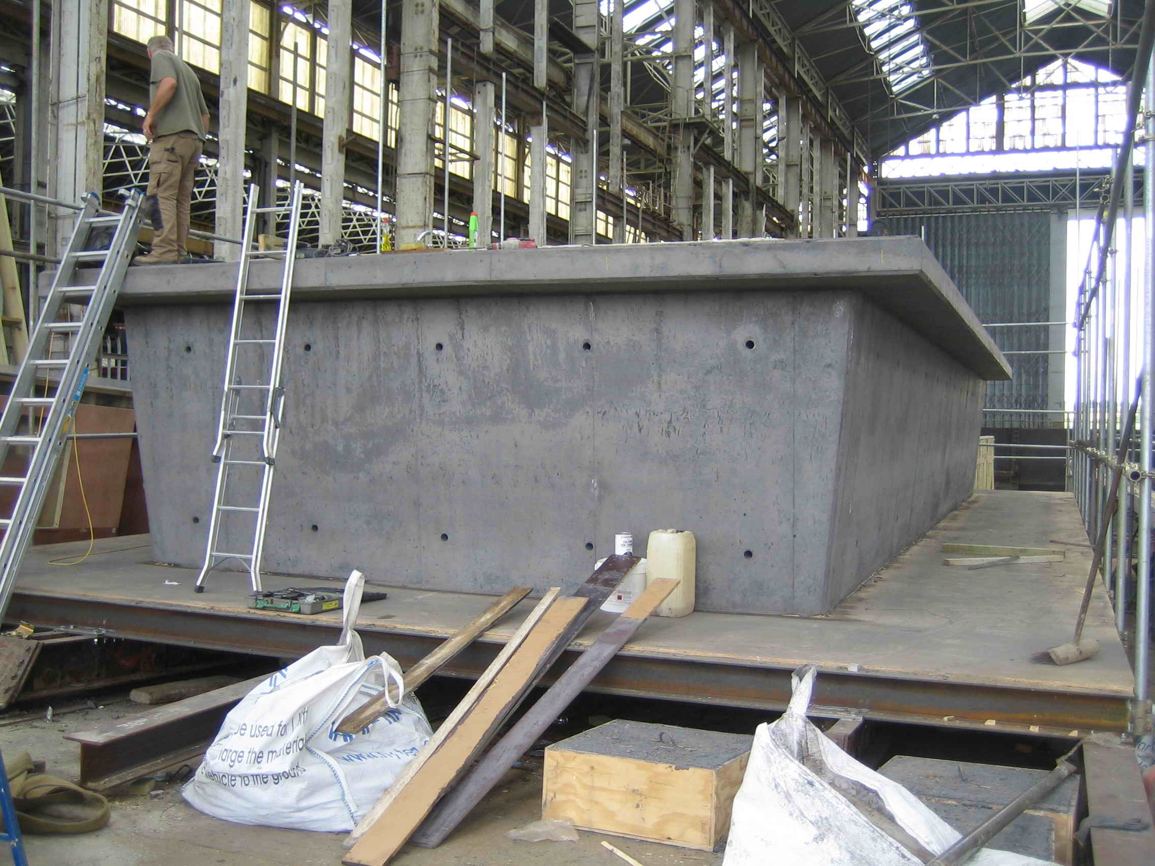 Concrete hull hubb 100 years maintenance free for Home decor hull limited