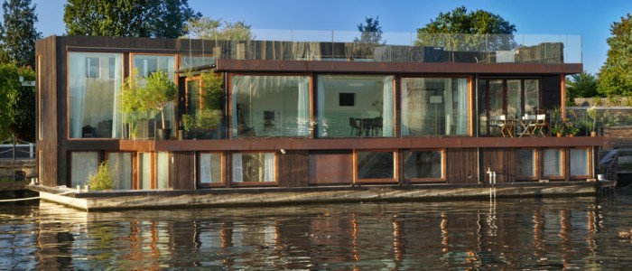 First floating student housing Urban Rigger – has just been completed and is in Copenhagen as a showcase