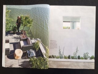 concrete hull HUBB / floating home / house on water